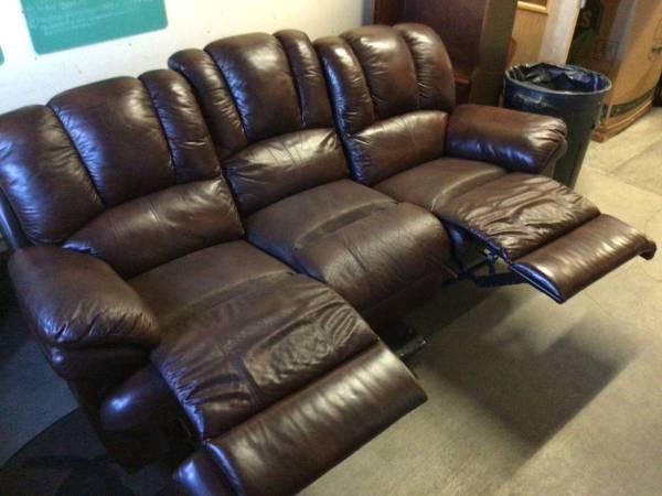 Photo HUGE SELECTION of New  Used Furniture (Carl Johnson Company, Eureka)