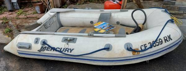 Photo Inflatable boat - $450 (arcata, ca)