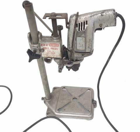 Photo Mini Craftsman drill press with Skil drill motor - $50 (Mckinleyville)
