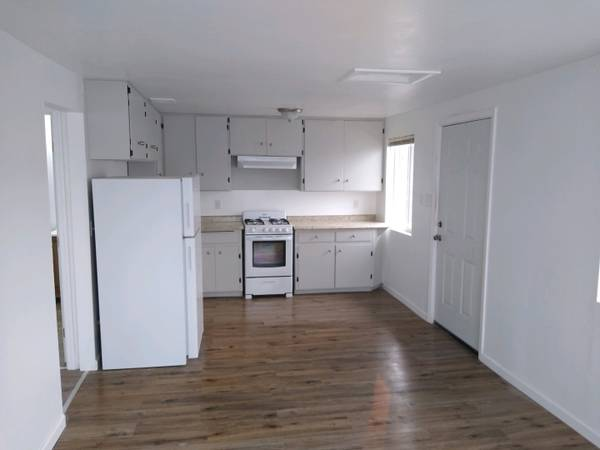 Photo Move-In Ready One Bedroom One Bath Apt. Call About Units 40 (Fortuna)
