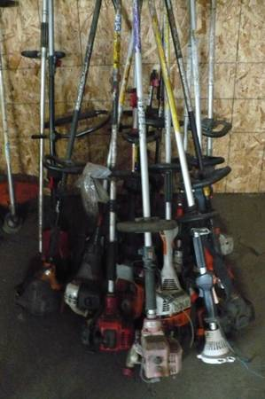 Photo PILE OF WEEDEATERS - $1,111 (Fortuna)