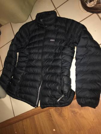 Photo Patagonia down jacket - $65