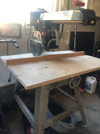 Photo Radial Arm Saw 10-in - $100 (Crescent City)