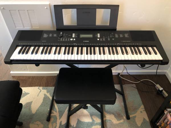 Photo Yamaha PSR EW-300 76-key Keyboard  Stand  Stool - $250 (Arcata CA)