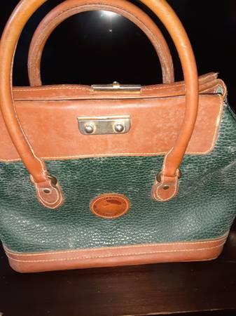 Photo vintage dooney and bourke purse - $30 (Fortuna)