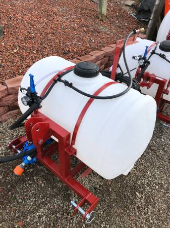Photo 55 gallon 3 point boomless sprayer - $895 (South Webster, OH)