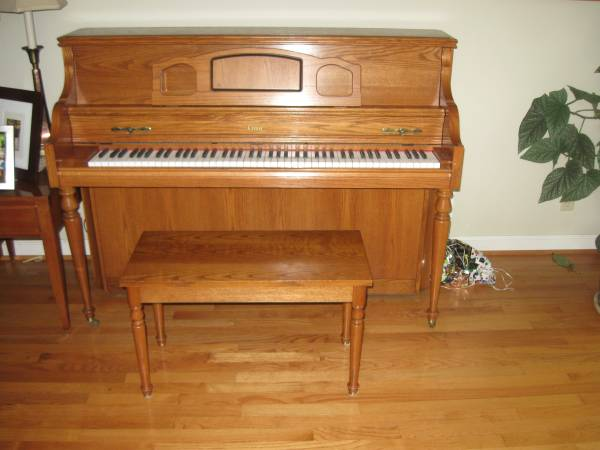 Photo I-1 Conn Upright Piano with Bench - $575 (Athens, OH)