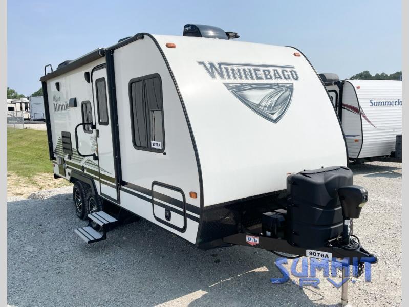 Photo Used 2020 Winnebago Industries Towables Travel Trailer RV  $31870
