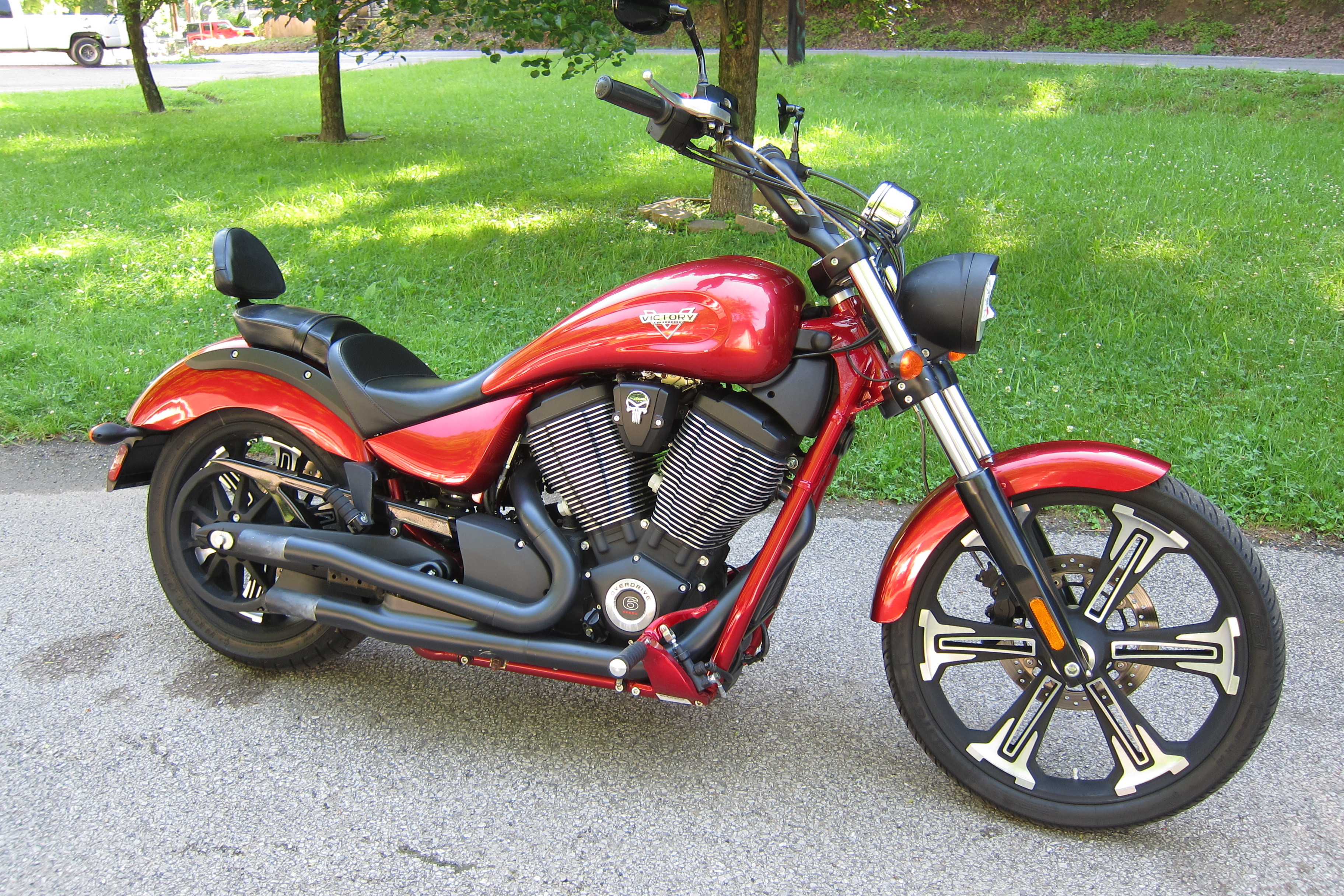 Photo Used 2017 Victory Cruiser Motorcycle  $9995