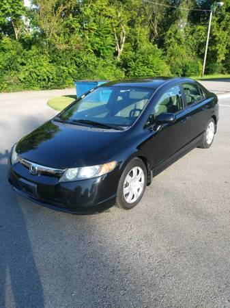 Photo 08 Honda Civic 122k miles - $4,500 (Huntsville)