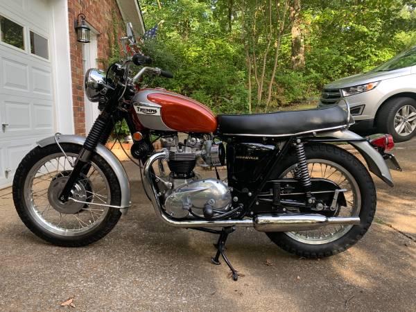 Photo 1969 Triumph Bonneville - $13,500 (Huntsville)