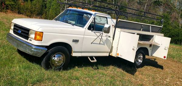 Photo 1991 FORD F350 DUALLY UTILITY BODY - $4,488 (Fayetteville)