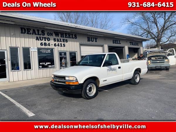Photo 2000 Chevrolet S10 Pickup Reg Cab 118 WB - $5995 (Shelbyville)