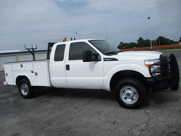 Photo 2011 Ford F250 XL Extended Cab 4wd Utility Bed - $13900 (Mid TN)