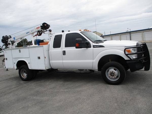 Photo 2012 Ford F-350 4x4 Extended Cab XL DRW Utility Bed - $22,900 (Mid TN)