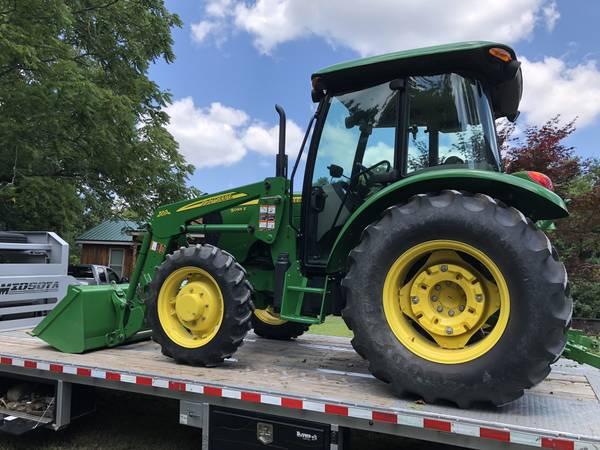 Photo 2014 John Deere 5065e Cab Tractor - $36,750 (Huntsville)