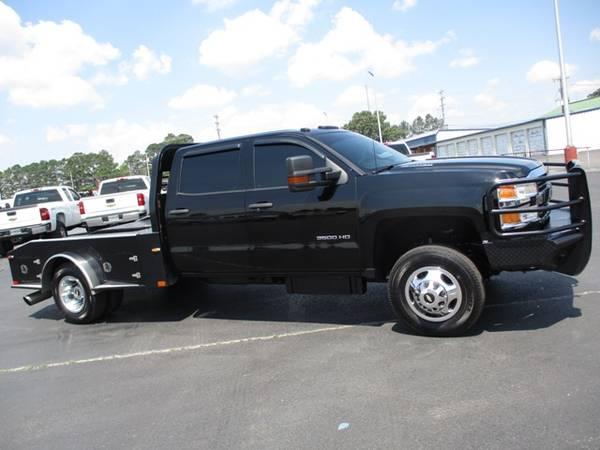 Photo 2016 Chevrolet Silverado 3500 4x4 Crew Cab Flatbed DRW 6.6 Diesel - $45,900 (Mid TN)
