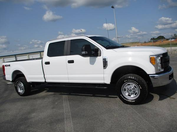 Photo 2017 Ford F250 XL Crew Cab 4wd Long Bed 47k Miles Back Up Camera - $38,900 (Mid TN)