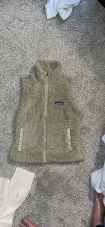 Photo 4 North Face and Patagonia Jackets and Pullover - $140 (SE HSV)