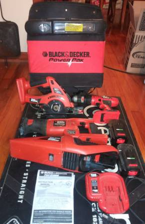 Photo 4 pc Black  Decker Firestorm 18V Cordless Tool Set - $75 (Pulaski)