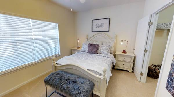 Photo Come see what luxury is all about Highland Pointe (Huntsville)