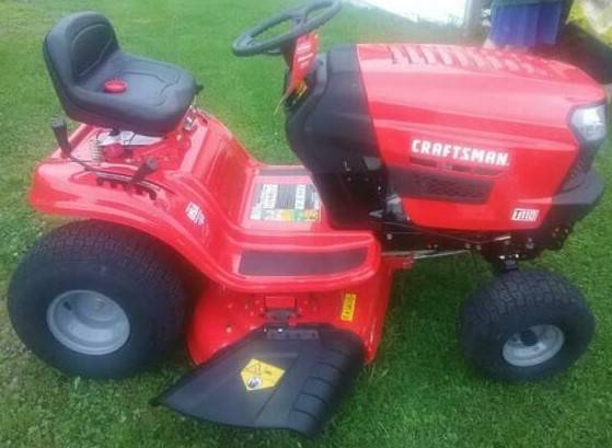 Photo Craftsman T110 Riding Lawn Mower (Delivery Available) - $1,400 (Huntsville)