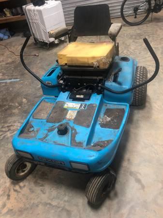 Photo Dixon Zero Turn Mower - $325
