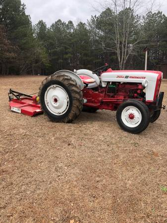 Photo Ford 801 Powermaster Tractor  Bushhog - $4300 (Hamilton)