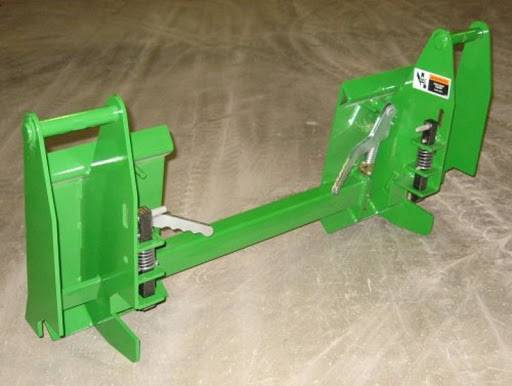 Photo John Deere 600 700 Series Loader To Skid Steer Quick Attach Adapter - $749 (Huntsville, AL)