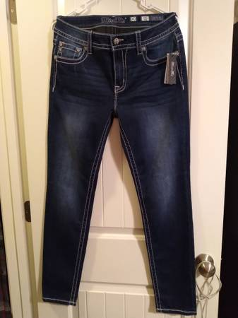 Photo Miss me skinny jeans size 30 new with tags - $50 (Huntsville)