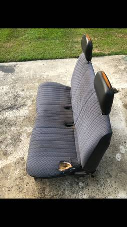 Photo Nissan Pickup Hardbody Seat 4sale - $50 (Athens)
