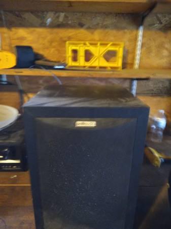Photo Polk Audio powered subwoofer - $50 (Athens)