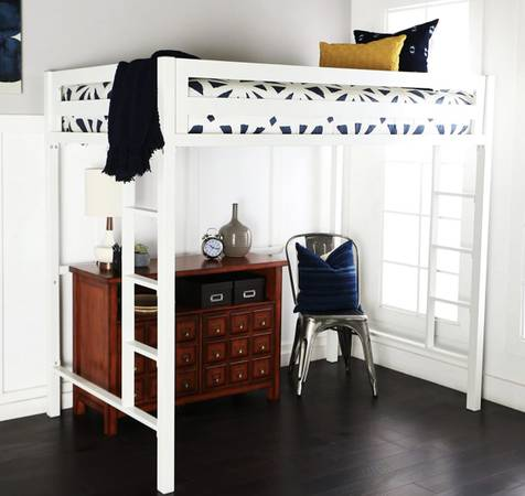 Photo Premium Deluxe Twin Metal Loft Bed in White Color - $200 (Madison)