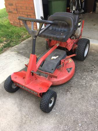 Photo Snapper rear engine riding mower - $250 (Huntsville)