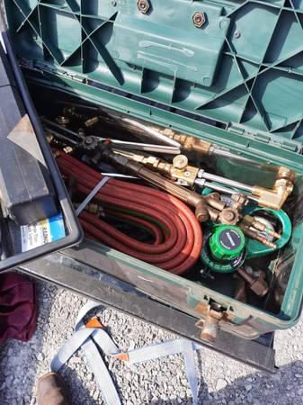 Photo VICTOR HD Journeyman Contender Professional cutting torch set - $256 (Huntsville)