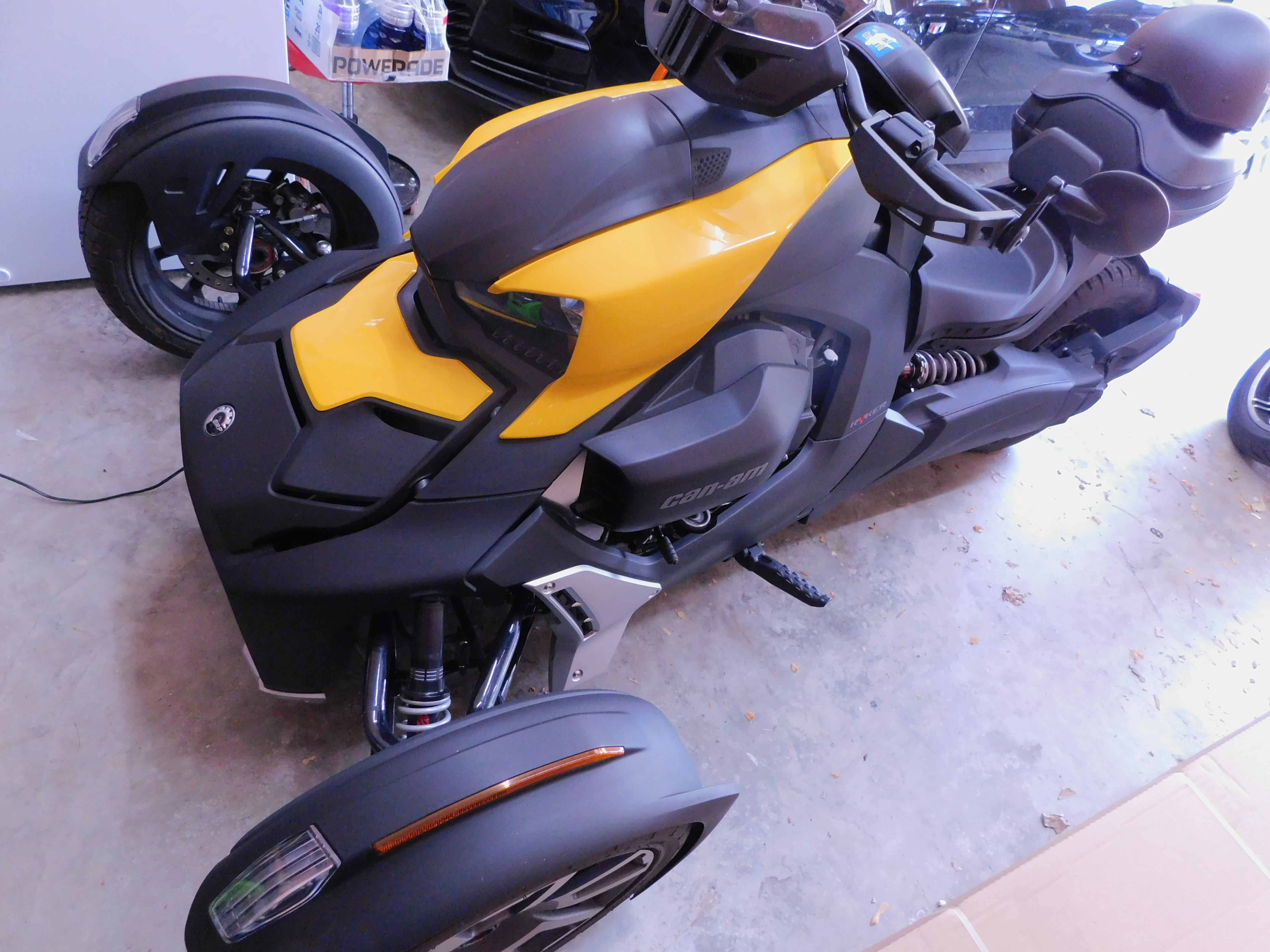 Photo Used 2019 Can-Am Trike Motorcycle  $10000