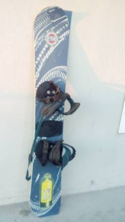 Photo 198039s Oxygen Xe 52 Snowboard with foot holdinds - $500 (Long Beach)