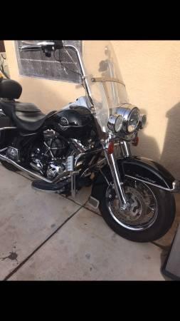Photo 2008 Harley Davidson Road King - $9,000 (Imperial)