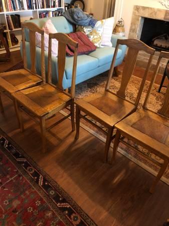 Photo Antique oak dining chairs - $150 (El Centro)