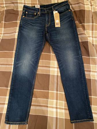 Photo BRAND NEW WITH TAGS Levis 512 32x30 Slim Taper 2-way Stretch Mens Blue Jeans - $40 (Tustin)