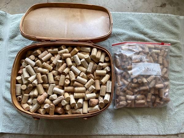 Photo Basket of Corks Hundreds Wine Chagne Art Projects Cork Boards - $20 (Rancho Bernardo or Encinitas)