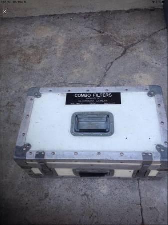Photo Cinema Professional Yellow Protective Road Box,Strobe Power Pack Box - $75 (Pacoima)