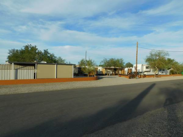 Photo Housing Provided in Senior Pet-Friendly R.V. Park (Quartzsite, La Paz County, AZ)