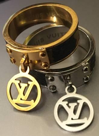 Photo Louis Vuitton, Gucci Closet Sale...yes My Stuff - $500 (palm springs)