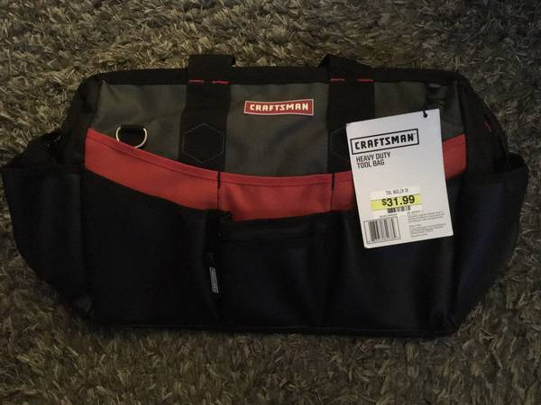 Photo NEW Craftsman Heavy Duty All-Weather 17 Tool Bag - $30 (Sunland)