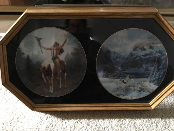 Photo Native American artwork Collector39s plates with Pinto horses - $25 (La Crescenta)