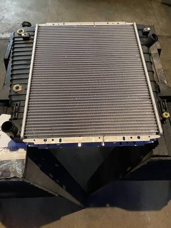Photo New in Ford Box F67Z-8005-KACP Radiator 95-01 Explorer 4.0  5.0 - $125