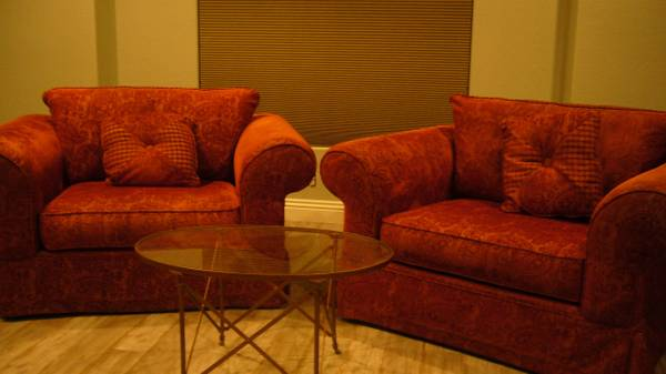 Photo Oversized Chair - red tone paisley fabric - $175 (West Lancaster 3 miles west of the fwy exit on Avenue L)