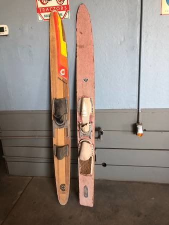 Photo USED Vogue Ski. - $50 (Brawley)