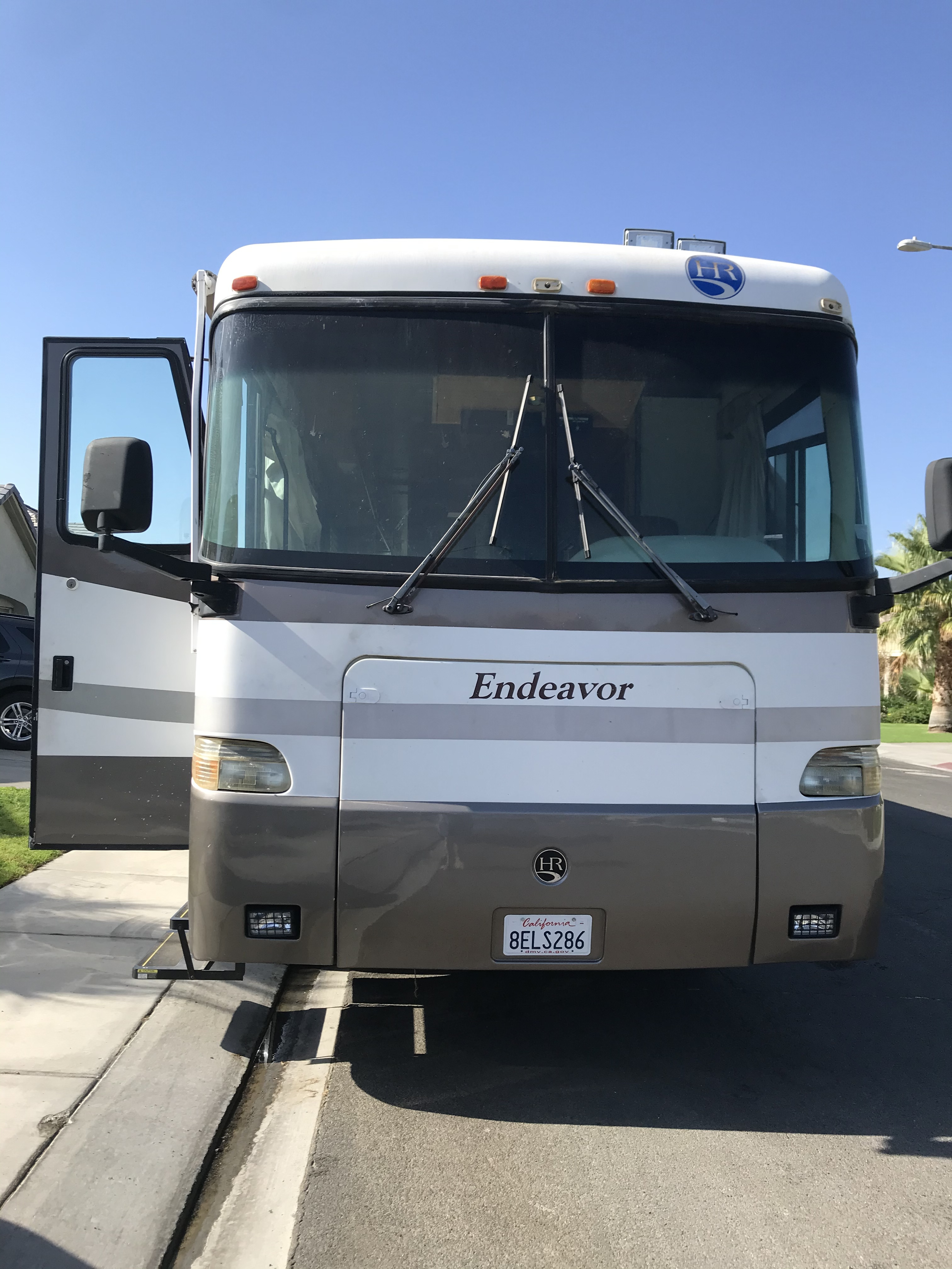 Photo 2001 Holiday Rambler ENDEAVOR 40PBD $ 37500     Get Financing as low as 405.00mo      Get Financing as low as 405.00mo